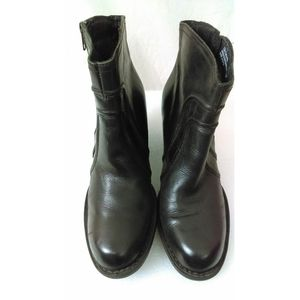 Born black leather boots with side zipper Size 9.5